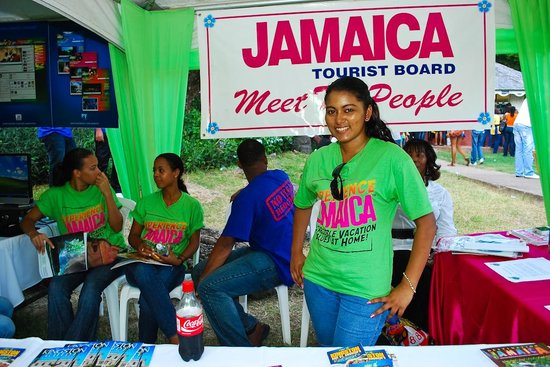 jamaica-hotel-tourist